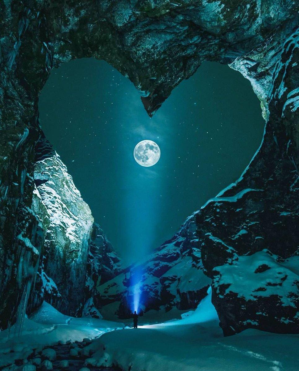 @Hello2U8 @AishaJan25 @Betho1311 @luOliveira30 @SkySema9 @LuvinTrigger @NoemiSallum @Julita56795382 @Dianne__LadyD @BabyGo2014 @Dreamee88 @loveGoldenHeart @KariJoys @Stellmacher20 Good night golden heart angel souls Have lovely peaceful night 🌱⚘🌹⚘🌱
