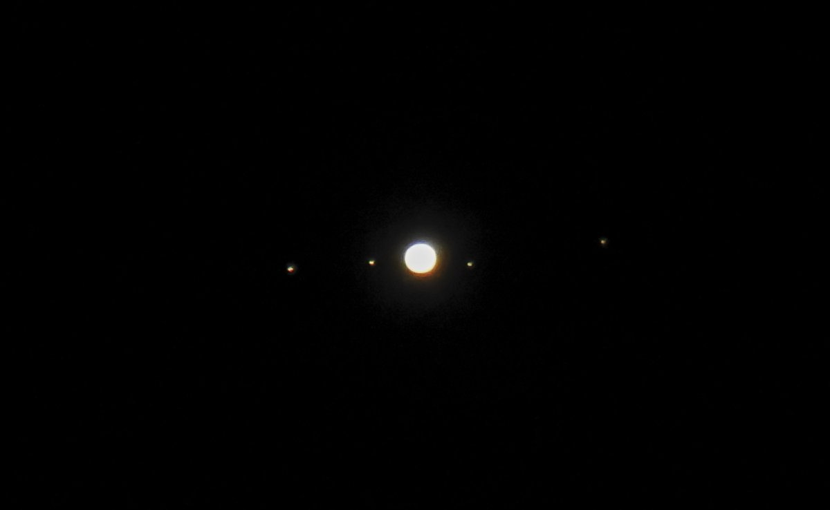 Jupiter and Moons this morning. Left to right: Ganymede, Io, Jupiter, Europa and Callisto.