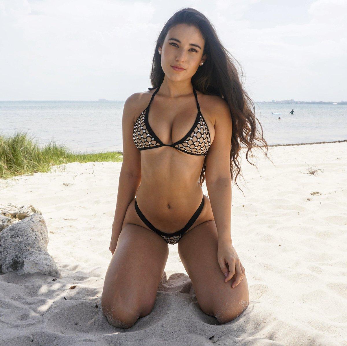 Angie Varona Sexy angie varona™'s tweet - trendsmap