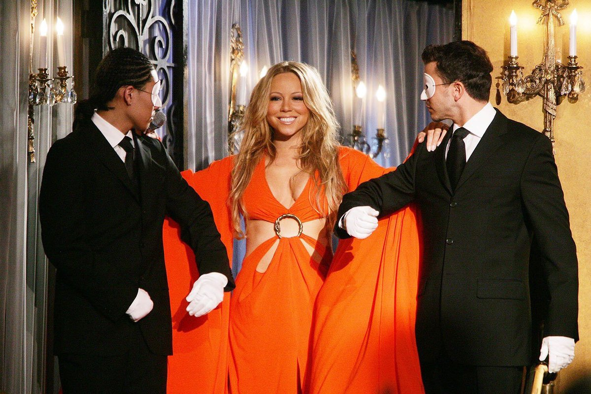 Me arriving at the #1MillionMariahLikesParty <br>http://pic.twitter.com/i7l8HUnPmb