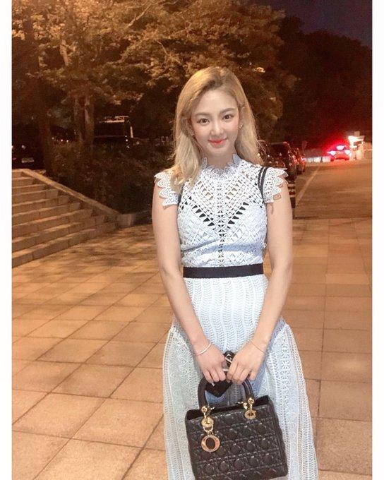 [TỔNG HỢP] Bài đăng trên IG của Hyoyeon D-7R9WoXUAAtZQX?format=jpg&name=small