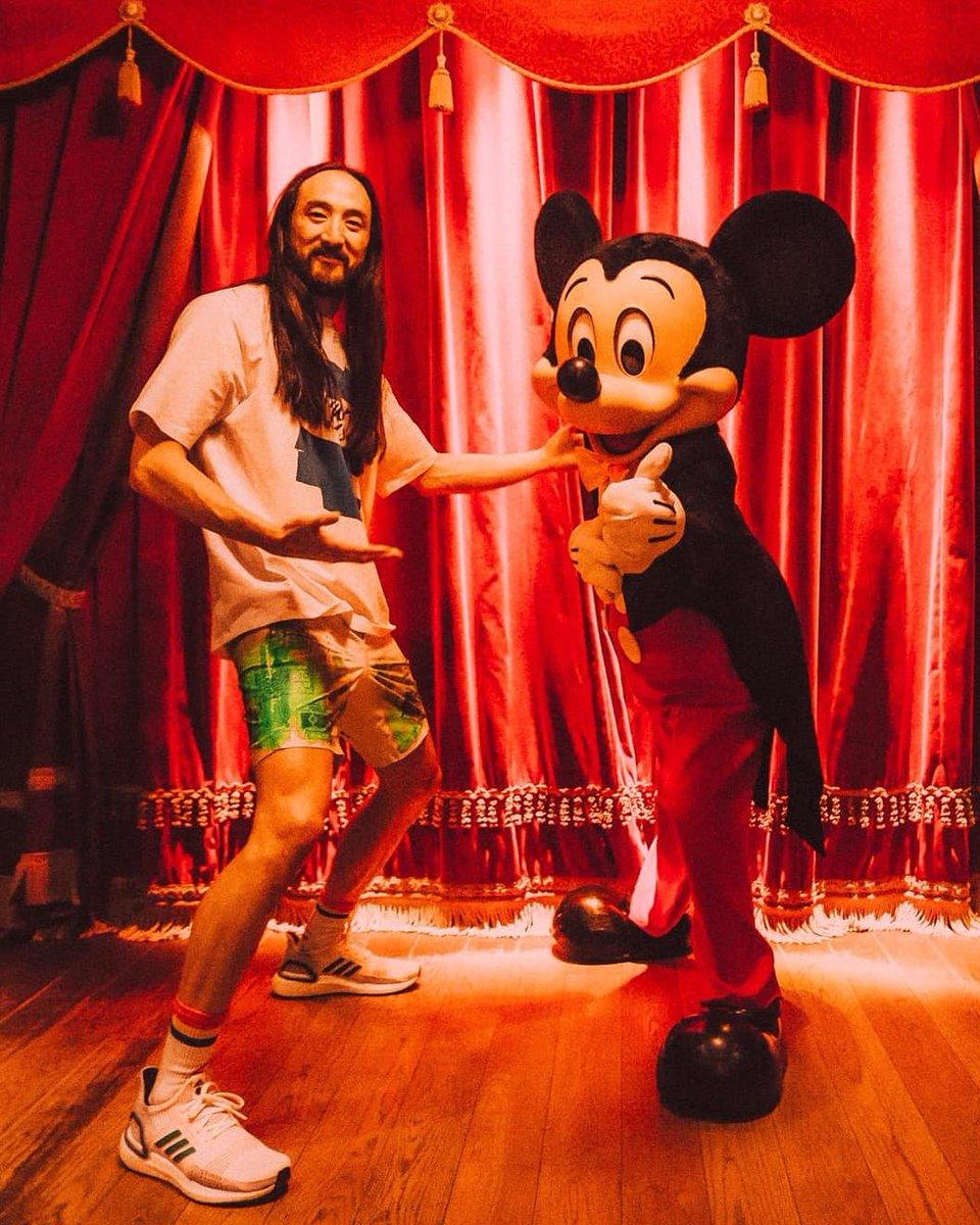 #aokijump #998. The Happiest Place in France Jump. Sleeping Beauty Castle @DisneylandParis Paris France July 6 2019