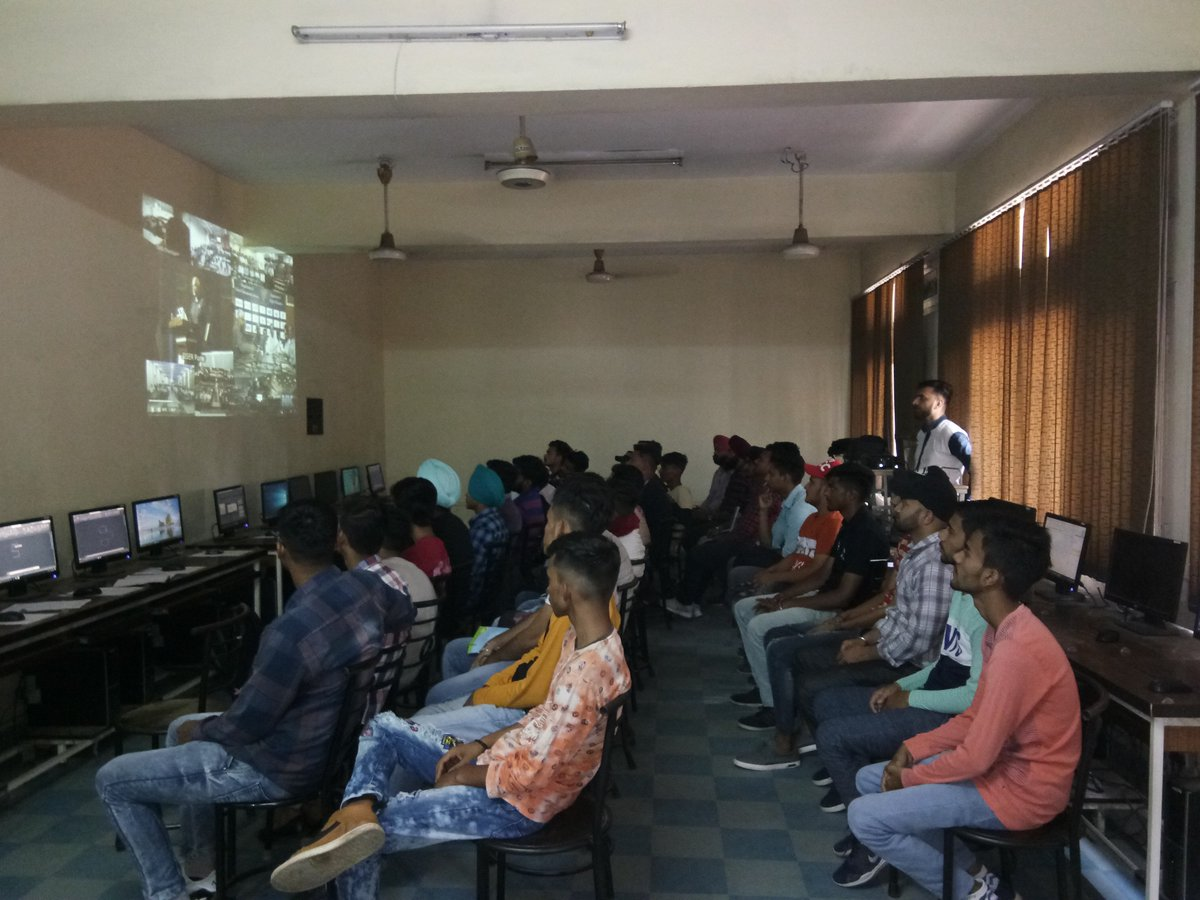 #MYMSME live streaming of inauguration of the Grand Finale of Smart India Hackathon 2019 (Hardware edition)at CIHT Jalandhar https://t.co/qHLdynPEBZ