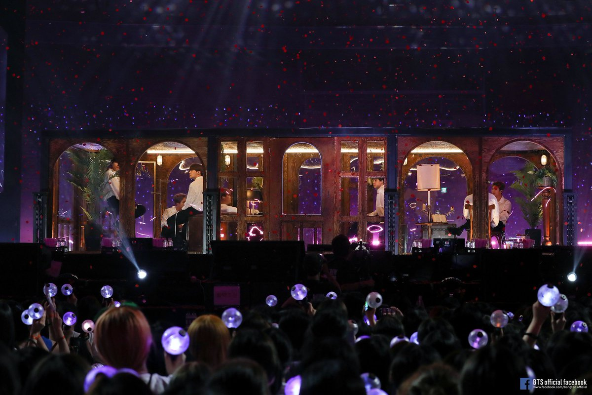 BTS saat 5th Muster di Seoul.