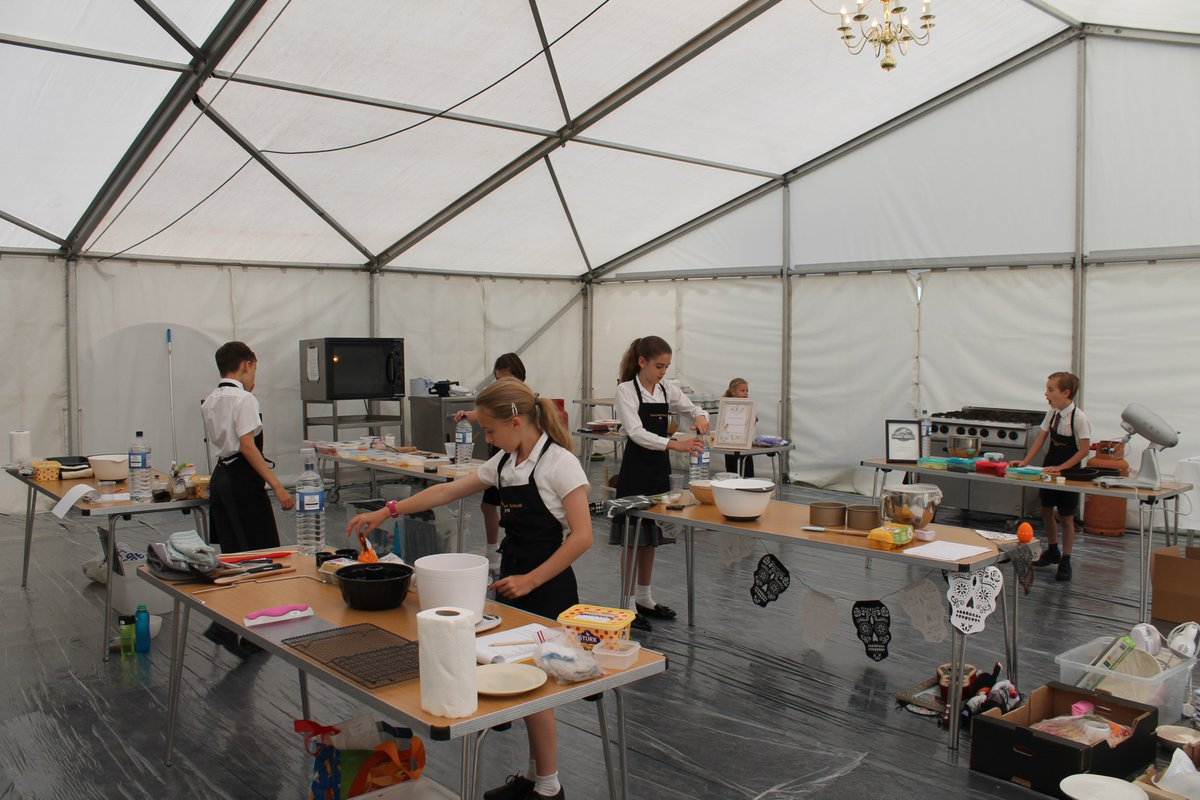 Ready, steady BAKE!   The tent is full of excitement as we kick off the Duncombe Bake Off 2019 final. Huge welcome to @Claire_Clark MBE who will be judging the childrens baking. @CognitaSchools #CognitaWay https://t.co/f73EhUrq3w