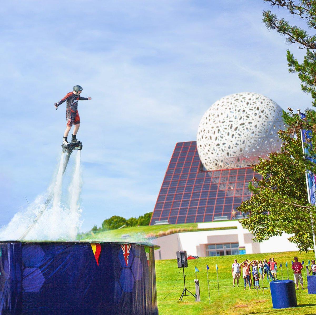 Futuroscope - [Nouveau spectacle] Aqua Jump (été 2019) D-8nAvzXUAAygxN