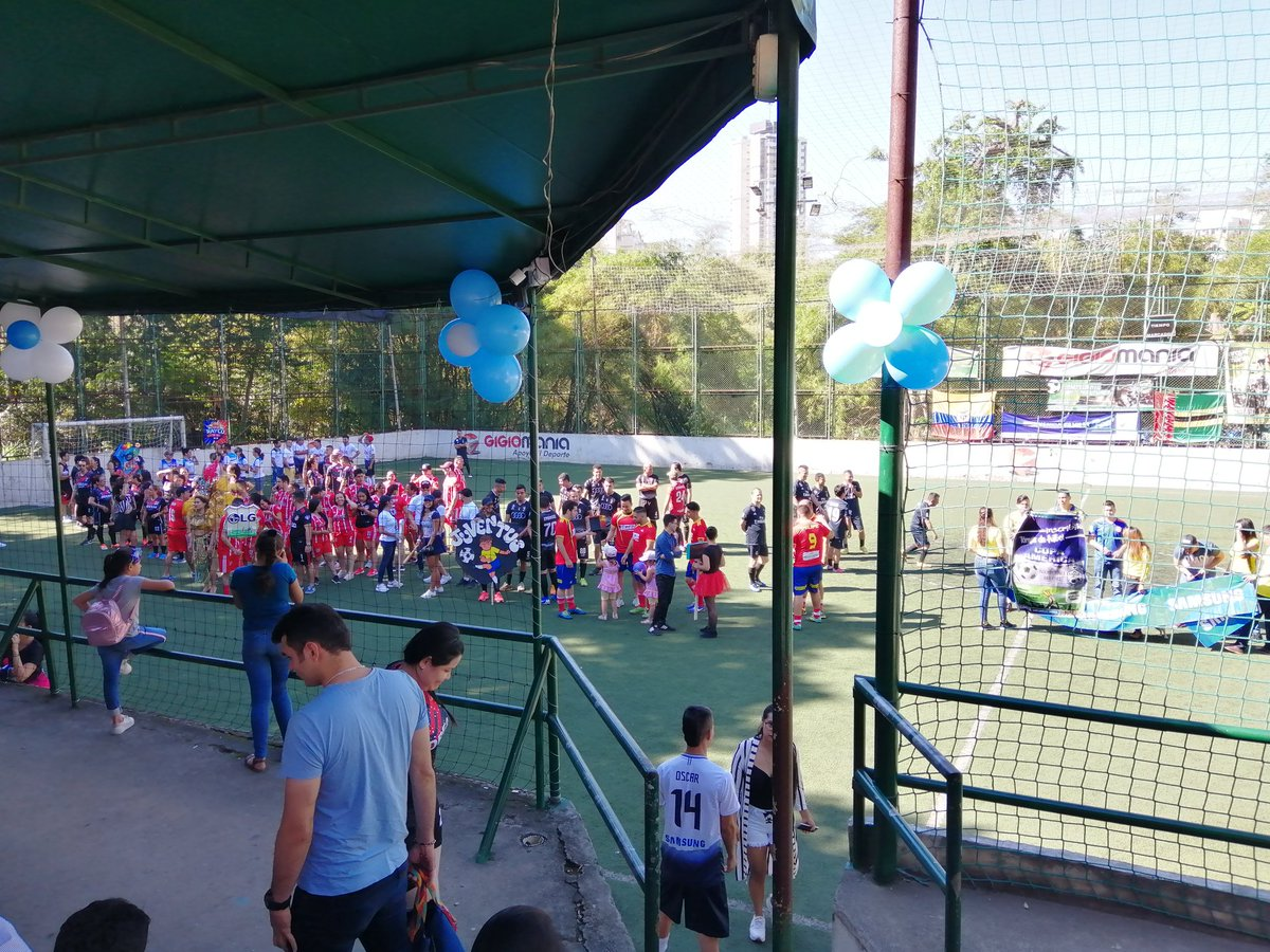 El #deporte como una respuesta efectiva a la falta de alternativas para los jóvenes y para la recuperación de espacios en la ciudad. Excelente espacio.