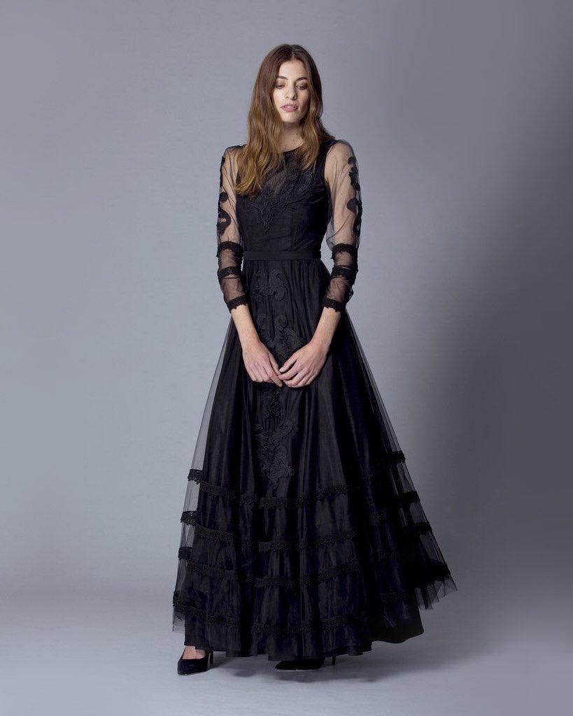 Encontrá nuestro vestido Cesena en https://t.co/RjBTH1VAXC https://t.co/iRdWNPNwxr