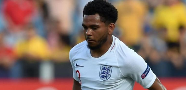⚠ DONE DEAL! ⚠ Championship side Bristol City have signed England under-21 international Jay Dasilva from Chelsea.Full story ➡https://bbc.in/2YeHqHh #ENG #CFC #bbcfootball