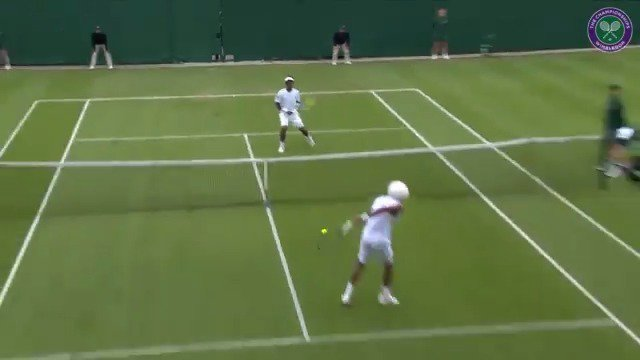 😮 Behind-the-back volley from @DreddyTennis👀 No-look skyhook from @MikaelYmer✅ Best rally of Qualifying so far#Wimbledon