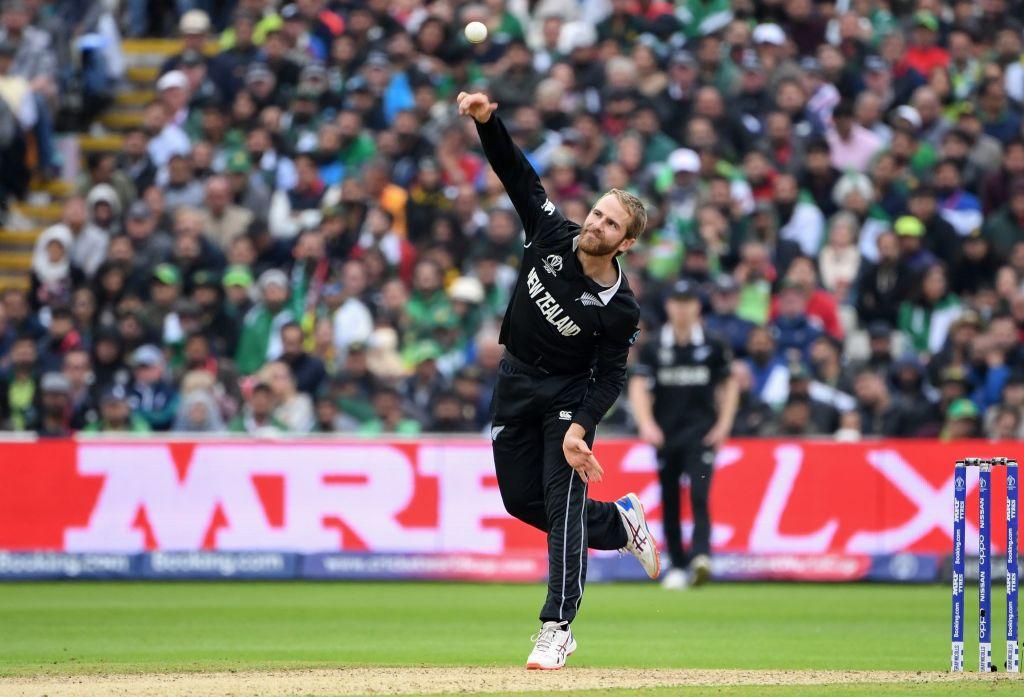 The last three spinners to dismiss Mohammad Hafeez in ODI cricket:👆#AaronFinch👆 Aiden Markram👆#KaneWilliamson#CWC19 | #NZvPAK