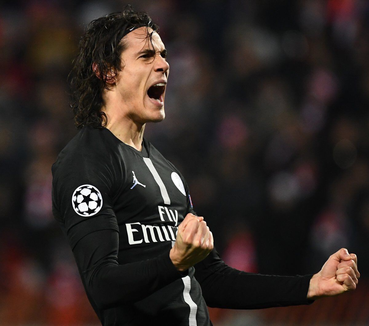 Edinson Cavani has confirmed that he wishes to stay at Paris Saint-Germain until the end of his current contract in 2020.#Ligue1 #PSG #France
