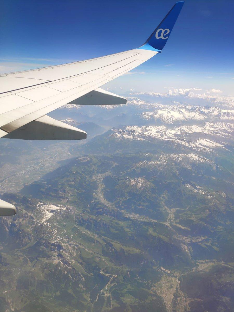 Los Alpes desde ahí arriba. @AirEuropa