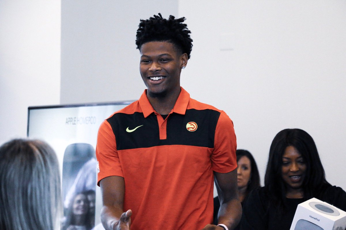 No better way to kick off a staff meeting than with a surprise visit from @camreddish! 🙌🙌   #TrueToAtlanta