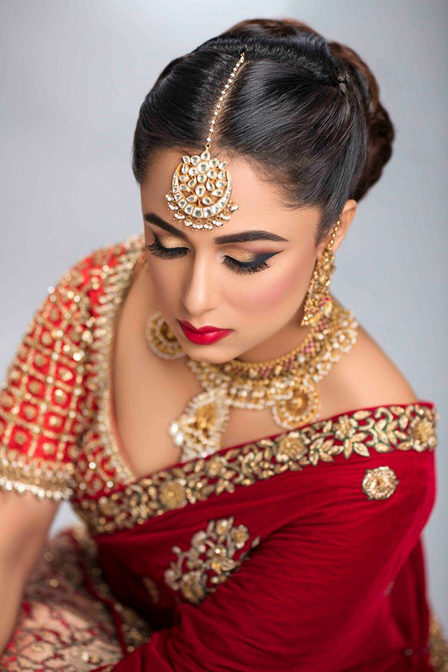 Today's Bridal Makeup Look created at @Makeupstudioin Follow us on @Twitter to get in tune with Makeup Trends   #makeup #fashion #Trends #TwitterTrending #makeuphacks #skincare #Skin #COSMETICS #cosmetic #beauty #BeautyBlogger #makeupartist #makeupgeek #MakeupAddict #lifestyle