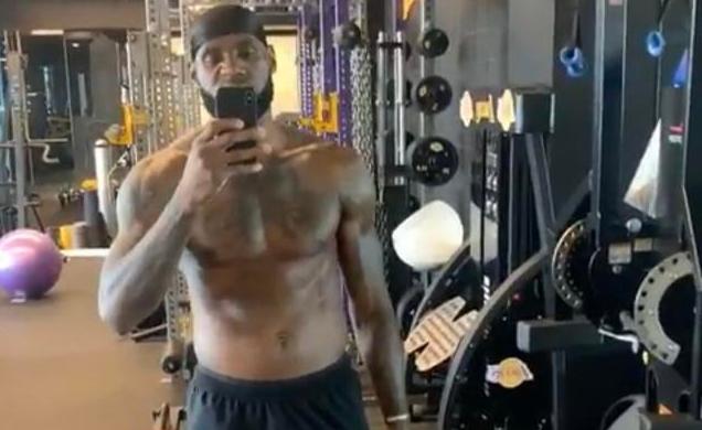 【影片】王者歸來!詹姆斯曬肌肉照發佈動態:下賽季將會讓你們顫抖!-Haters-黑特籃球NBA新聞影音圖片分享社區