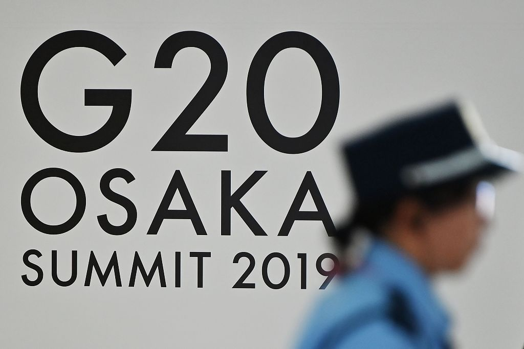 Allowing for no security error, about 18,000 police in Osaka have been placed on active service, together with more than 12,000 police officers from other places in Japan. It is Japan's largest police deployment for a single international conference.#G20 http://bit.ly/2Rz8AGu