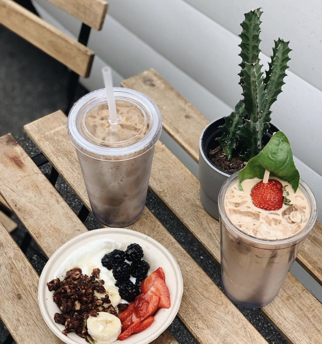 Tis the season for iced coffee at the Wednesday Farmers' Market from @TheWildWayCoffe! 📷@kcplates #visitop #kcop #farmersmarket #wildwaycoffee #icedcoffee #latte #summer #overlandpark