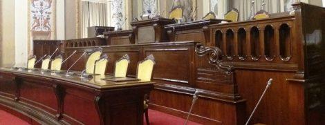 Governo battuto per due volte all'Ars, seduta rinviata con una scusa ma la maggioranza è in fibrillazione - https://t.co/MFwntUod9A #blogsicilianotizie
