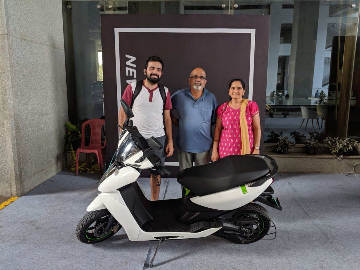 My Ather450 comes home after 6 months of waiting :) Thank you @atherenergy. To lots of emission-free commutes and electrifying rides 🍻 https://t.co/lhl9CqTMc1