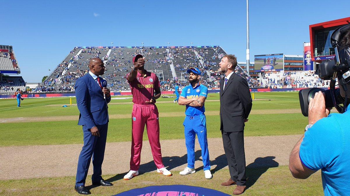 क्रिकेट विश्व कप: वेस्टइंडीज के खिलाफ भारत ने टॉस जीतकर पहले बल्लेबाजी का फैसला किया #INDvsWI #CWC19