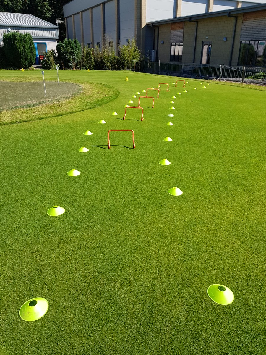 Crazy golf this morning @MyerscoughColl for a group of local school leavers. A great way to come and see what our college has to offer! #MYsport @CraigLeaGolf #effective #rt @richfoxa @GavForsythGolf @LauraMarsh_Golf @RickDaniels7 @AlisonR11050511