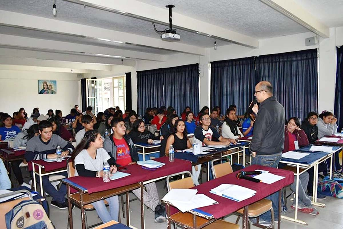 Mexico - 80 young people at First Level School of Salesianity https://t.co/vCc43qrPVG https://t.co/TCWYKCxZy8