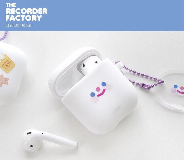 AirPods tagged Tweets, Videos and Images   Twitock