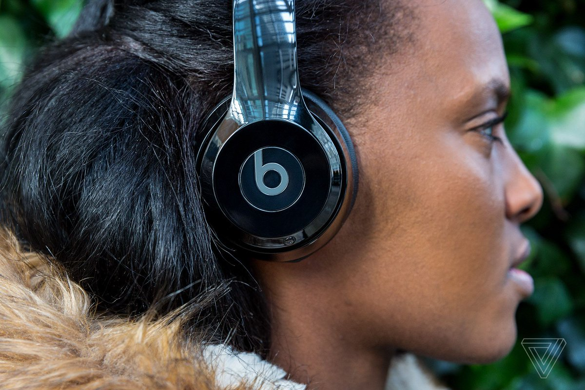Beats Solo 3 headphones are $129.99 for readers of The Verge