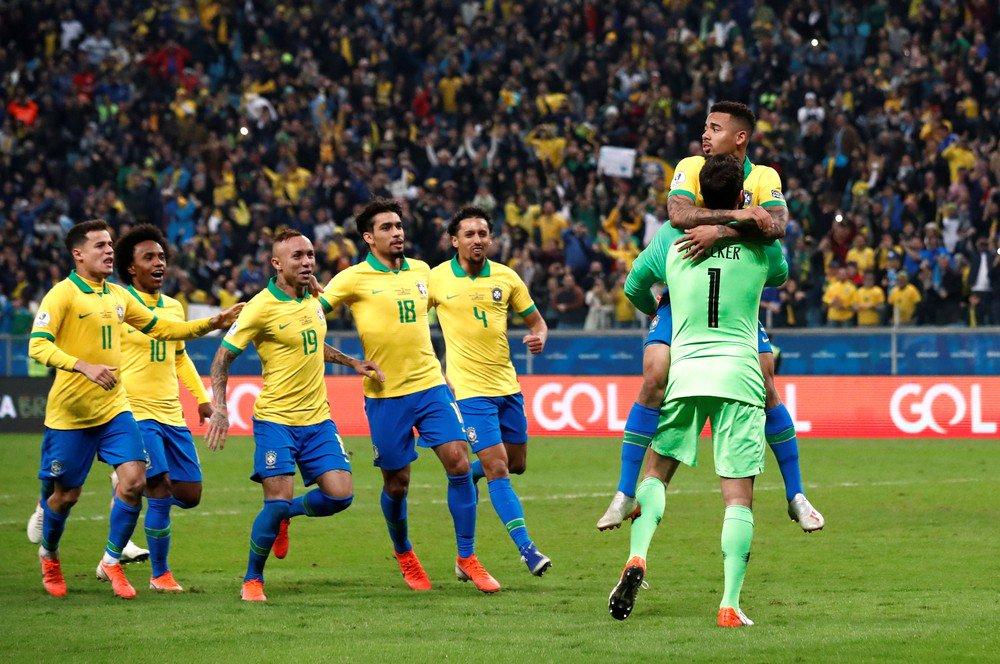 КА. Бразилия - Парагвай 0:0 (пен. 4:3). Фаворит со скрипом вышел в полуфинал - изображение 6
