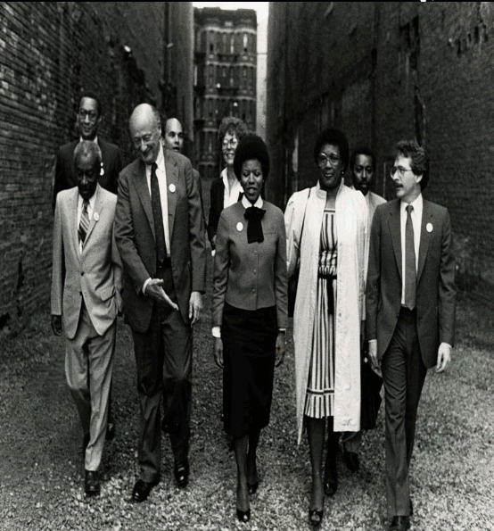 Here I am with Mayor Koch in Harlem 40 years ago, convincing NYC to clean up the vacant lot next door to the Studio Museum in Harlem. Happy 50th anniversary @studiomuseum.