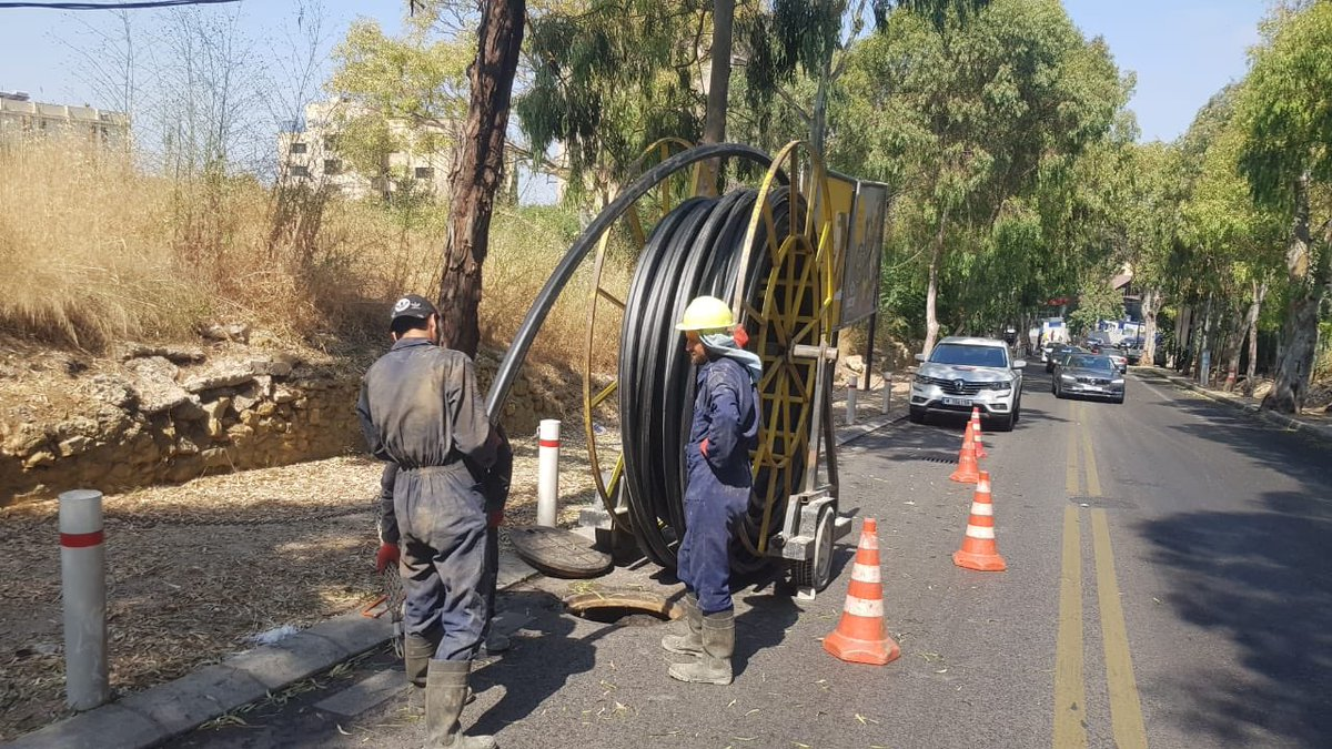 Hazmieh FTTH deployment. Soon all Beirut and across the nation. Happened today. <br>http://pic.twitter.com/ENLpEdtOnA