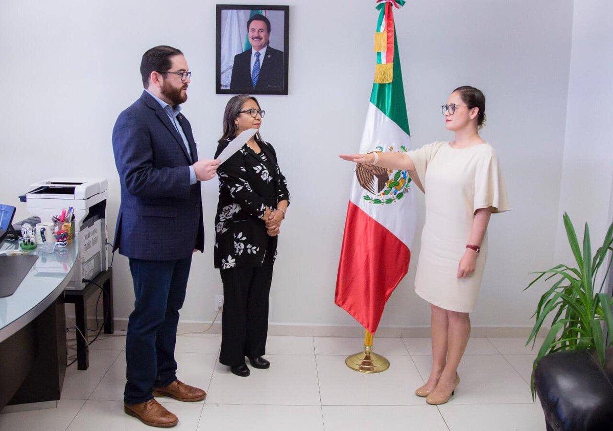 Felicidades a Diana Escalante por rendir protesta como titular de la Dirección de Comunicación Social, quien con su compromiso hacia los tijuanenses, informará de forma oportuna a la comunidad, sobre las acciones de está Alcaldía de Tijuana . https://t.co/x03F5QAlFJ