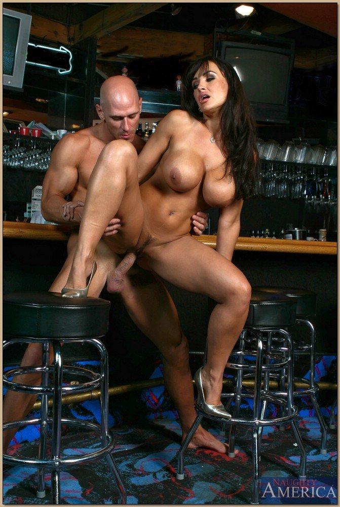 у барной стойки порно - 3