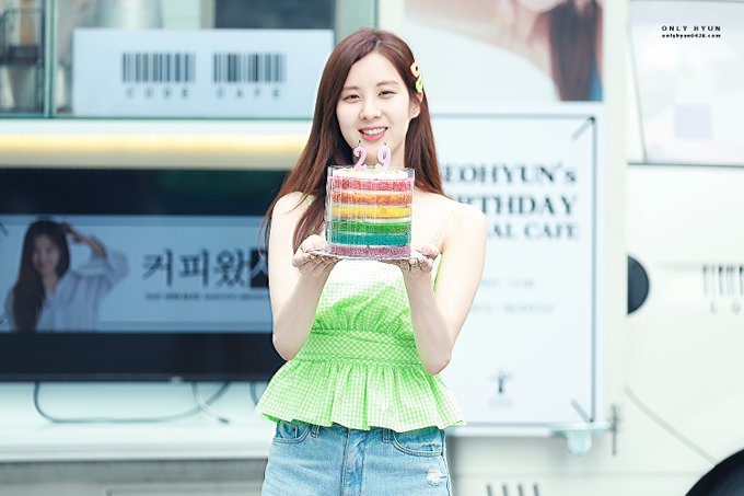 [PHOTO] 190628 Seohyun @ Birthday Event D-MBbDMU0AUIUjx?format=jpg&name=small
