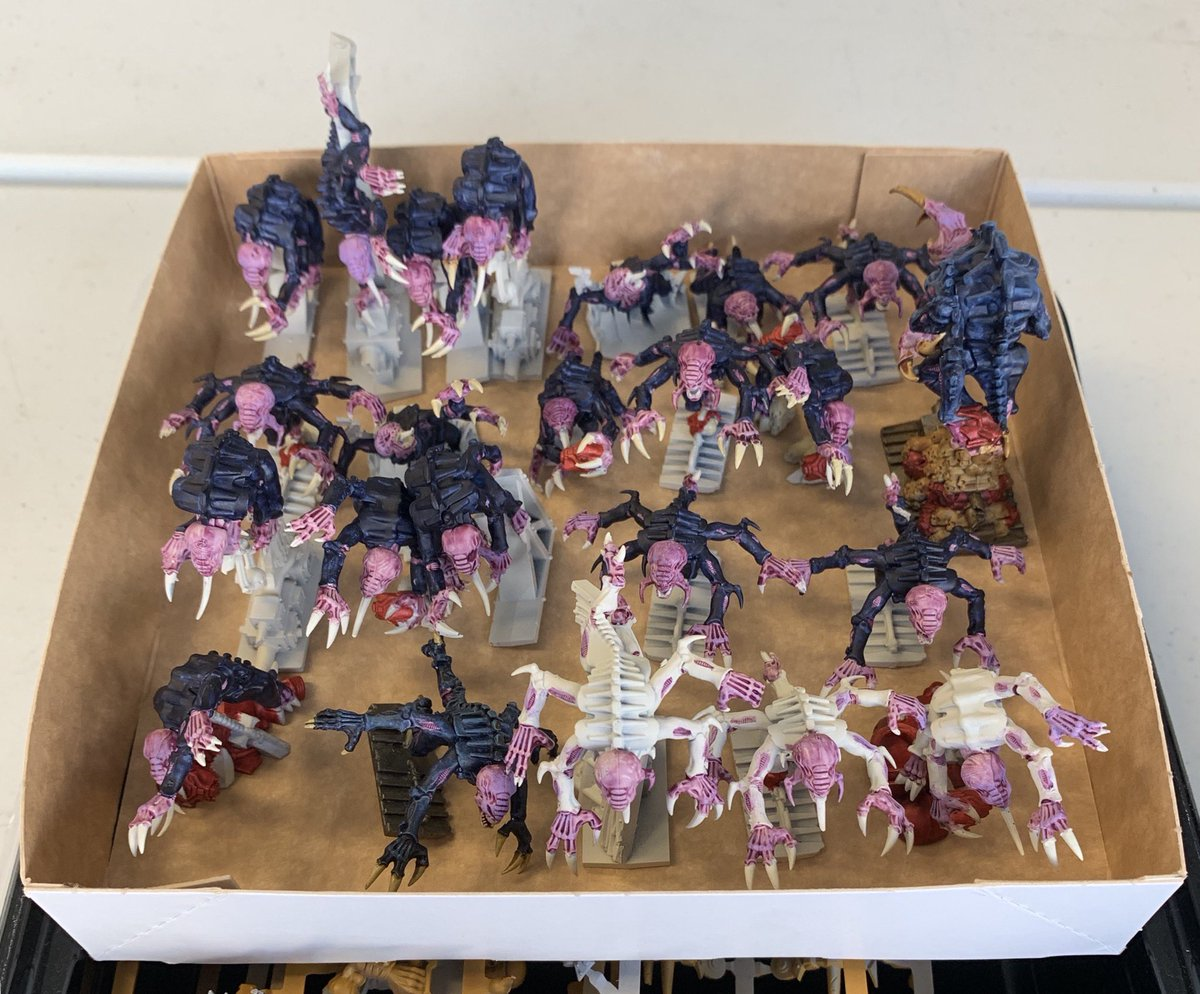 Successful day of hobby with some mates means my #SpaceHulk #Genestealers get closer to completion!