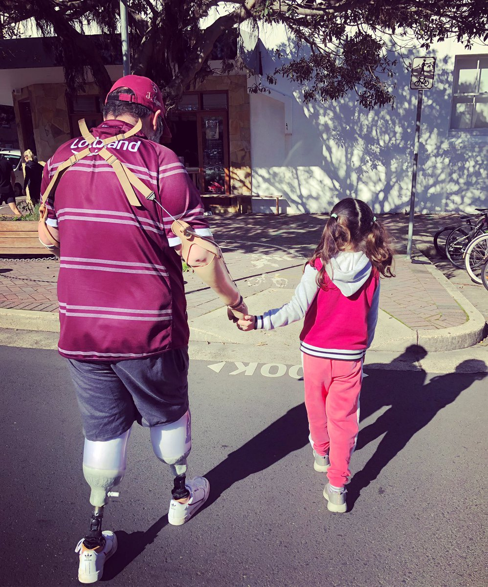Just a Daddy taking a walk with his little girl. #walk #iwannaholdyourhand #cross #acrosstheroad #daddydaughter #mygirl #simplethings #sunshine #mybabyandme #lunchdate #prosthetics #amputee #amputeelife #manly #ilovemanly #saturdaypic.twitter.com/DWbmVJQXsq