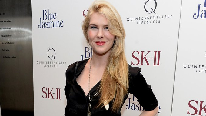 Happy Birthday to the one and only Lily Rabe! LIKE if you want to see her return for 1984 .