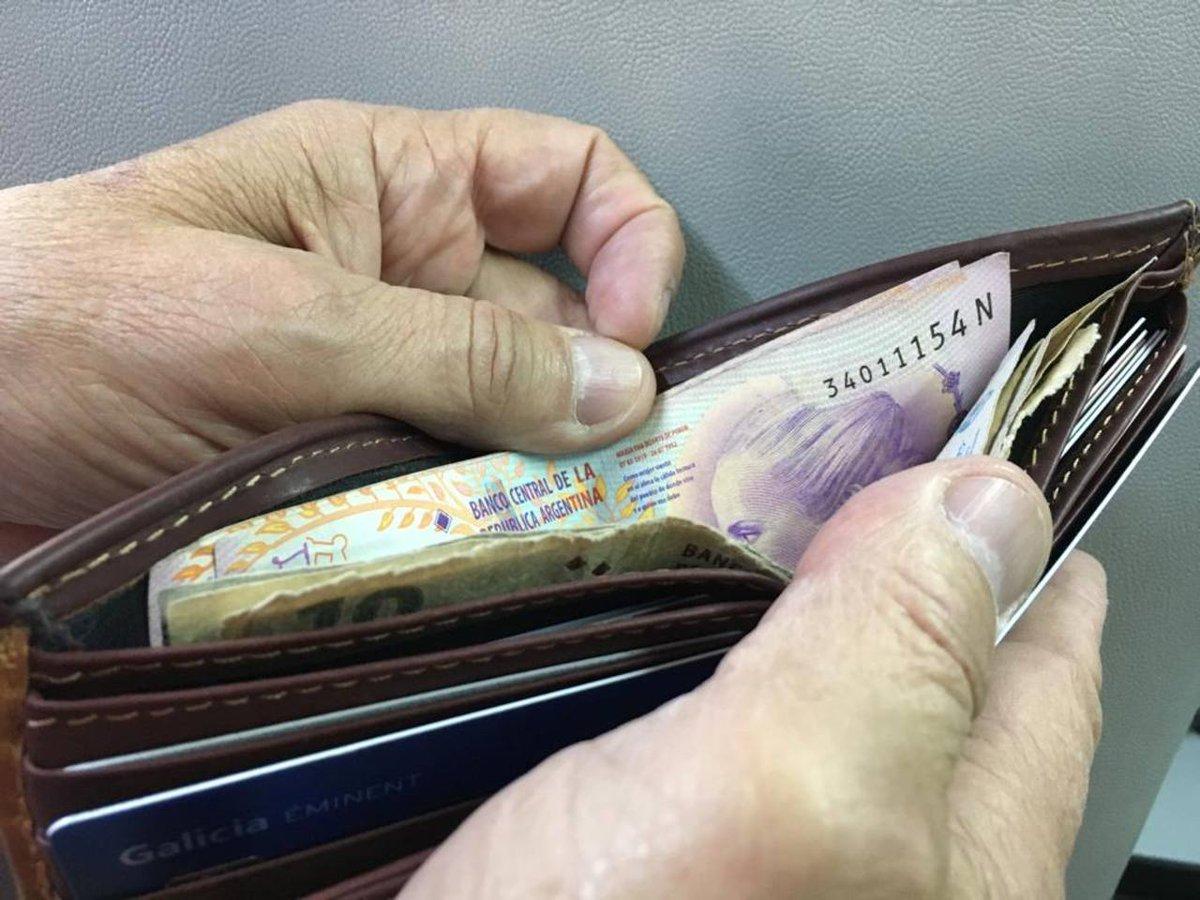 #DatosdelIndec | Los salarios subieron 2,2% en abril respecto a marzo