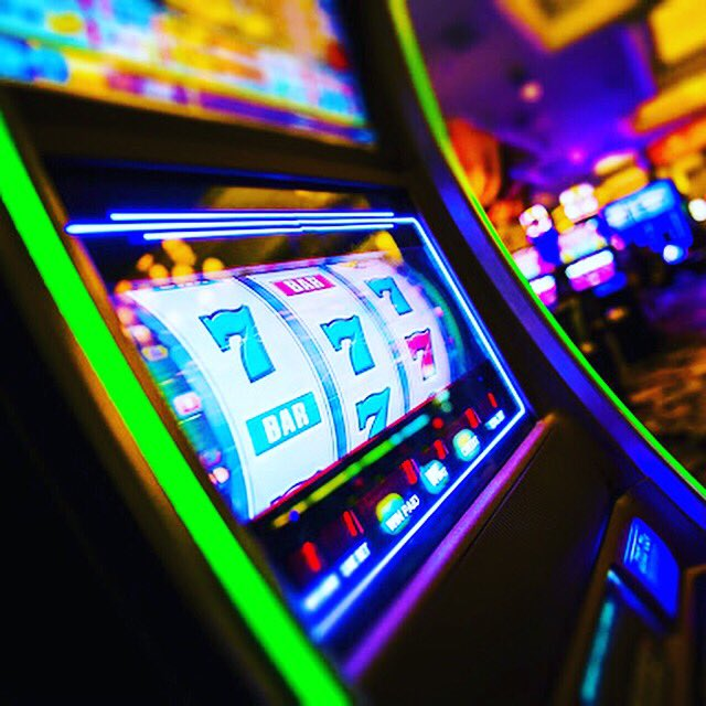 A good plan for Saturday night SEA CLIFF CASINO - DAR ES SALAAM #tanzania🇹🇿 #casino #seacliffhoteldar https://t.co/ldF3VfI5bq