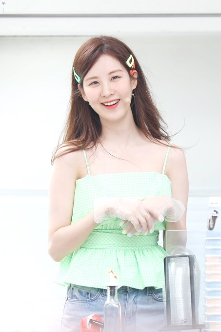 [PHOTO] 190628 Seohyun @ Birthday Event D-Ply_zUYAAHB2v?format=jpg&name=small