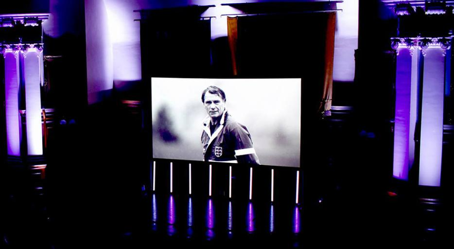 One year ago tonight, we celebrated the great Bobby Robson. We hosted a screening of the @bobbyrobsonfilm followed by a Q&A with some of the people who knew him best, raising funds for the @SBRFoundation.  Born in Sacriston, Bobby began his working life at Langley Park Colliery.