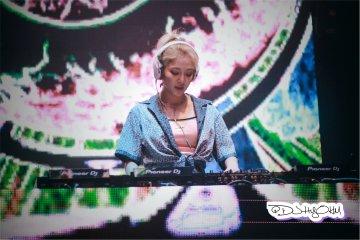 [PHOTO] 190630 DJ Hyo at Bangkok D-Q03-SU0AAANZ8?format=jpg&name=360x360