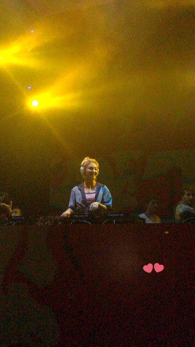 [PHOTO] 190630 DJ Hyo at Bangkok D-QNVXuU4AU8J6h?format=jpg&name=small