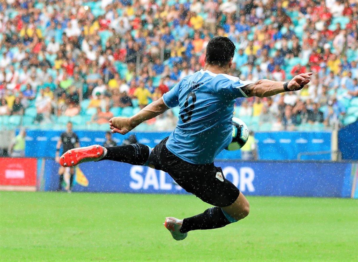 Копа Америка. Уругвай - Перу 0:0 (пен. 4:5). Ех, Суарес - изображение 4
