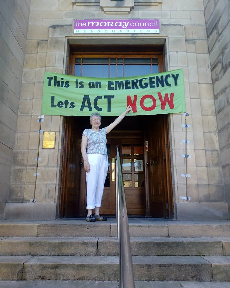 Two amazing #HumansOfXR to brighten your Sunday, and remind you there are lots of ways to be part of Extinction Rebellion. This wonderful woman spent her 79th birthday helping to deliver a petition to Moray Council asking them to declare a climate emergency - with success!  <br>http://pic.twitter.com/2TvfWfXDeB