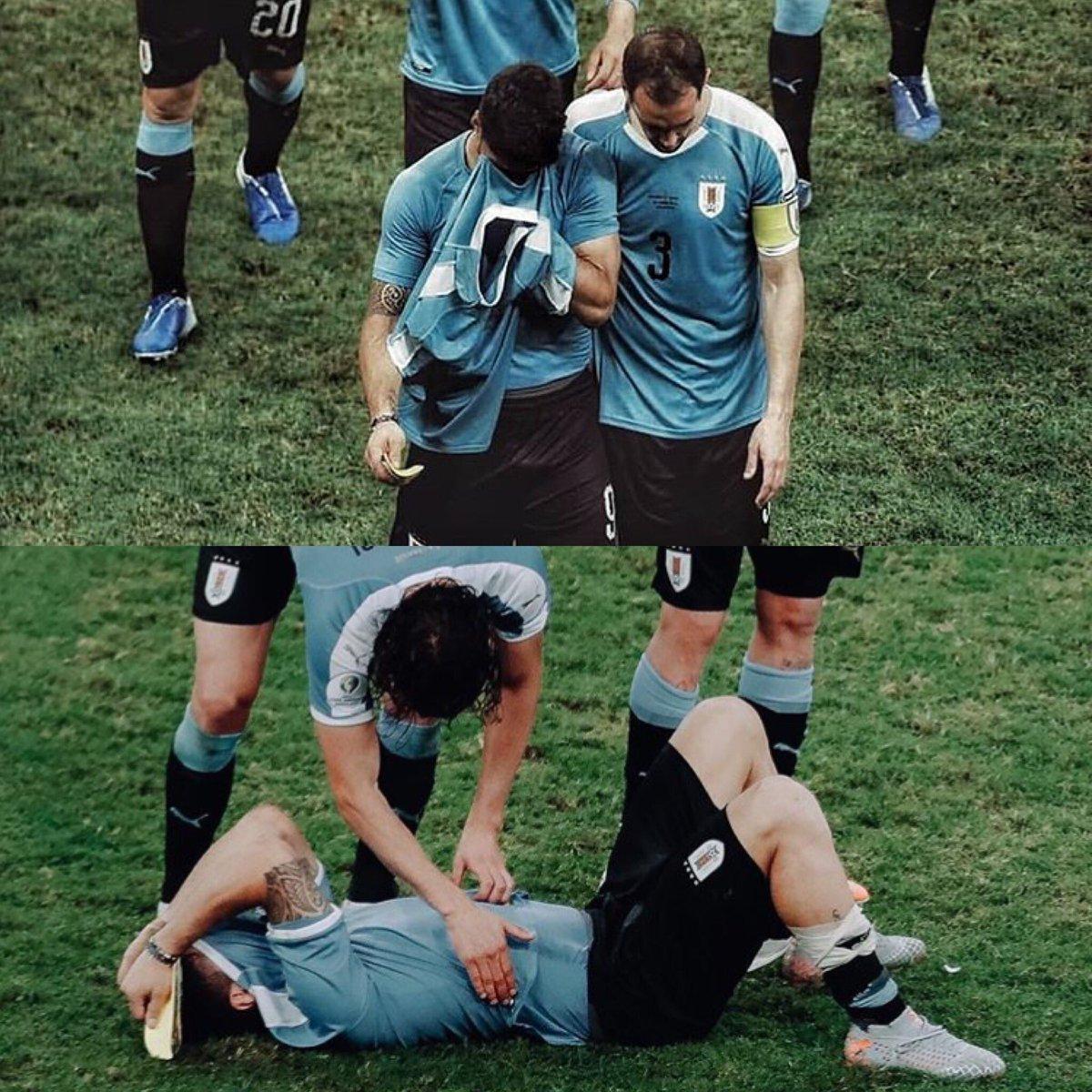 El tipo ya ganó esta Copa. Ya fue cuarto en un Mundial. Pero aún así, sufre como ninguno por fallar el penal que saca a Uruguay de la Copa. Mientras otros, en otras selecciones, se van tranquilos, sonrientes, este se va destrozado, como si fuera su primera Copa. Qué grande Lucho