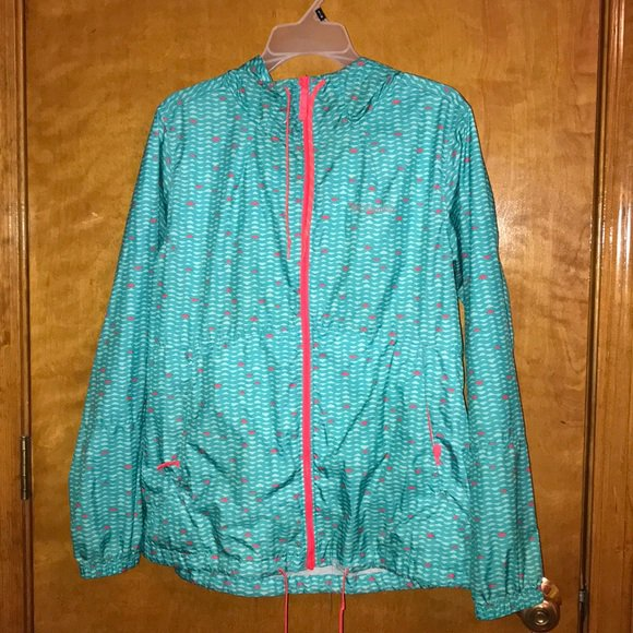 So good I had to share! Check out all the items I'm loving on @Poshmarkapp from @JenKnutson412 @rcneshia #poshmark #fashion #style #shopmycloset #columbia #bebe #kathyskreations: