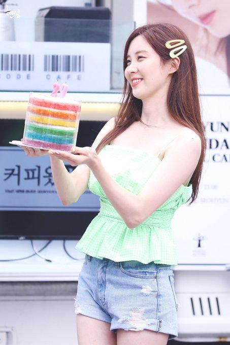 [PHOTO] 190628 Seohyun @ Birthday Event D-Rp1ehUwAAOa_T?format=jpg&name=small