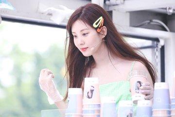 [PHOTO] 190628 Seohyun @ Birthday Event D-RpFHsU8AEWynx?format=jpg&name=360x360